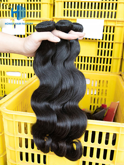 Wholesale 12-30 Inch Natural Wave Premium Brazilian Hair #1B Natural Black